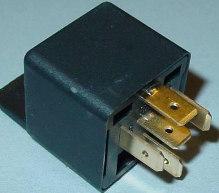 kfz relais 12v schlie er umschalter wechselschalter. Black Bedroom Furniture Sets. Home Design Ideas